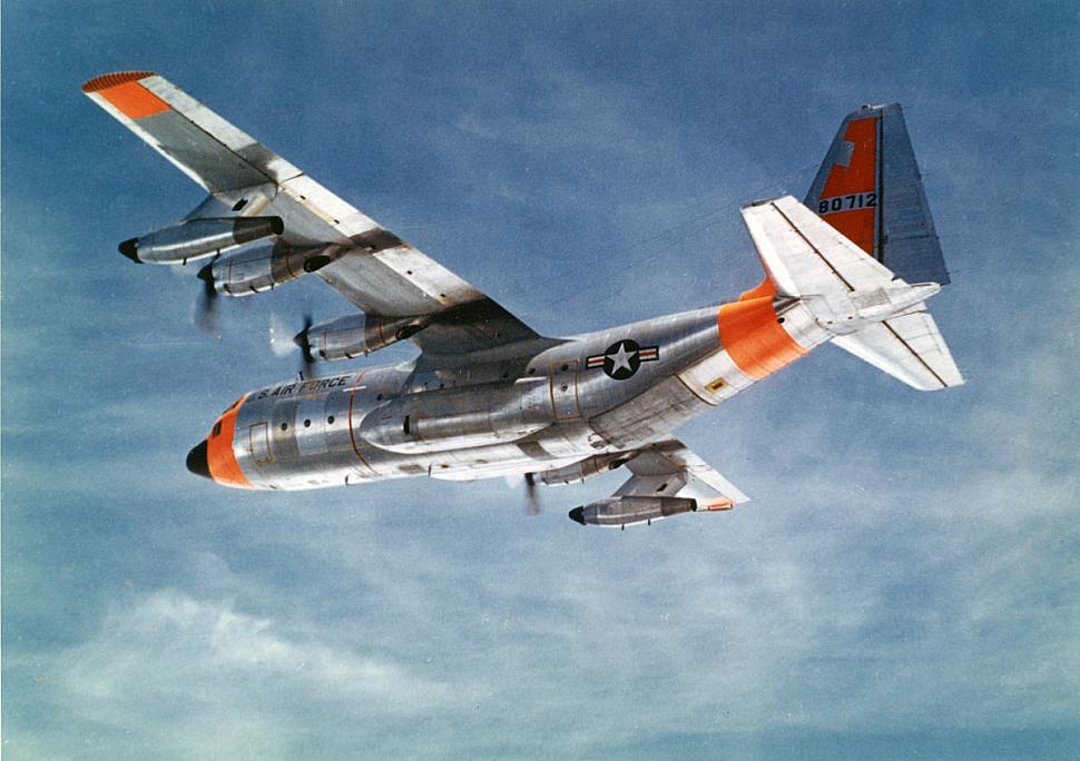 """Résultat de recherche d'images pour """"C-130 with pods"""""""